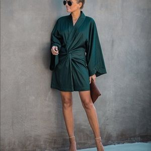 KABUKI TWIST KIMONO DRESS - Dark Green